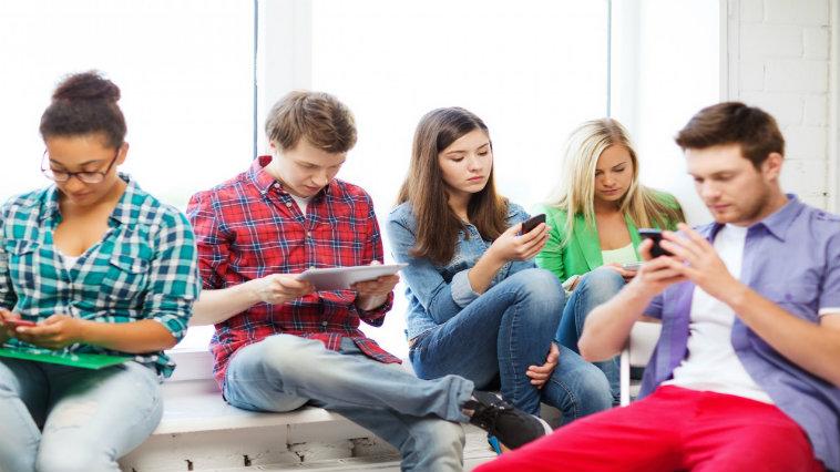 Instagram verso Snapchat, i millennials dominano i social network