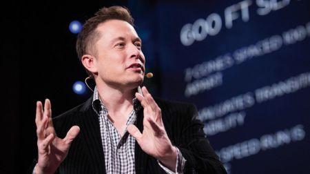 Elon Musk, conosciuto per aver creato la SpaceX