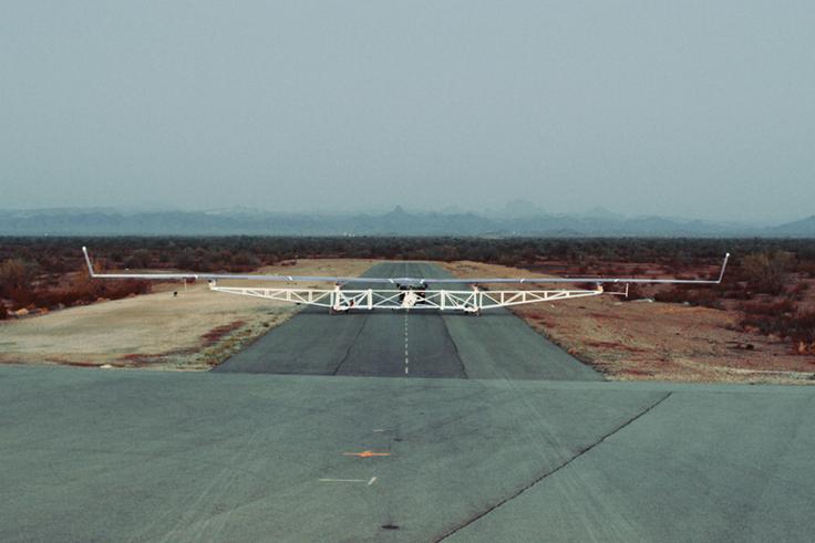 Il drone Aquila di Facebook, pensato per l'accesso a internet nelle zone più remote