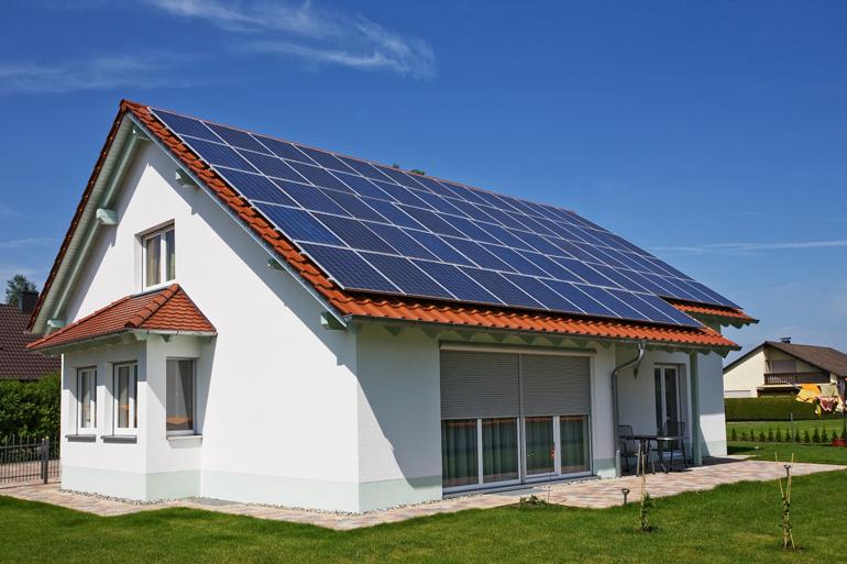 Solar Roof, il tetto solare prodotto da Tesla