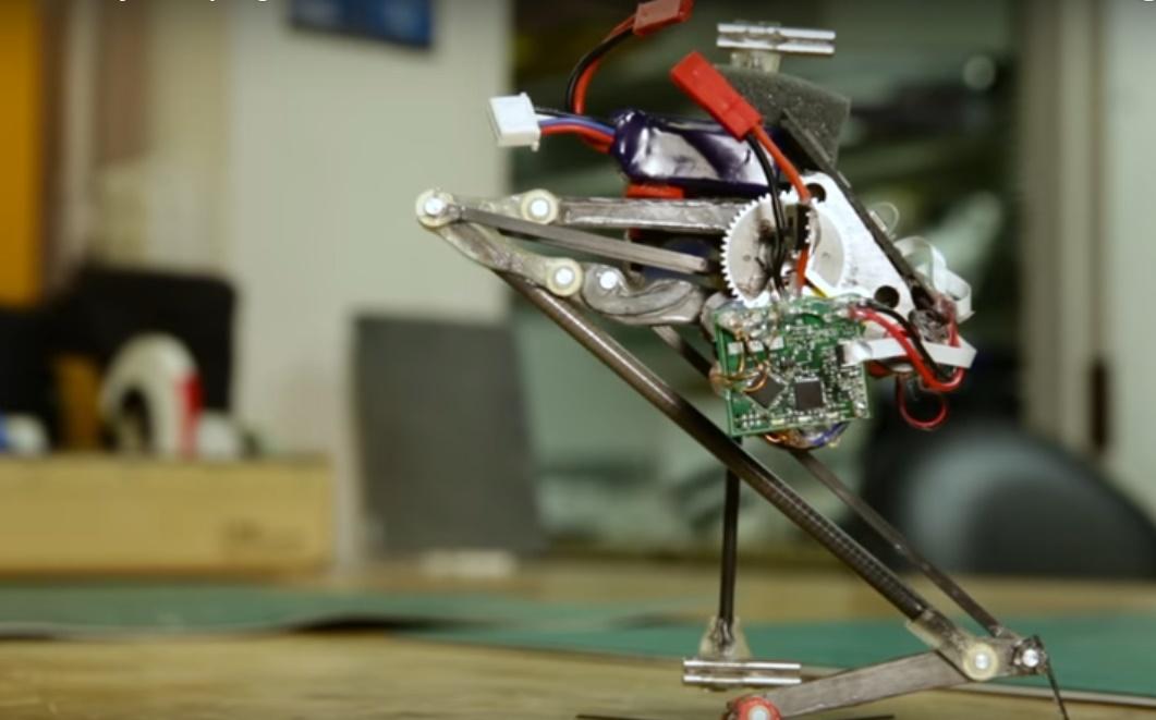 Salto, presentato il Robot campione di salto in alto