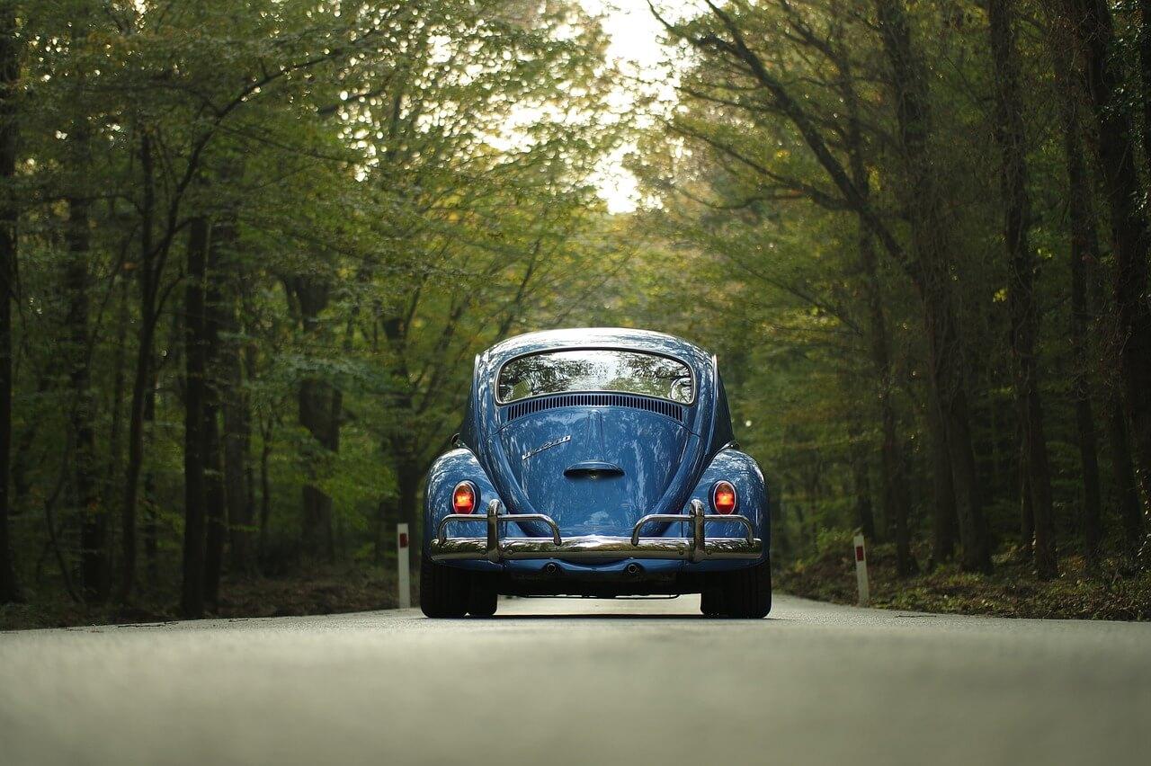 Boom car sharing, gli italiani scelgono il noleggio