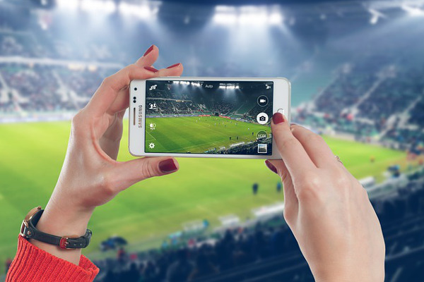 digital marketing trends - facebook live streaming calcio - lifetrends