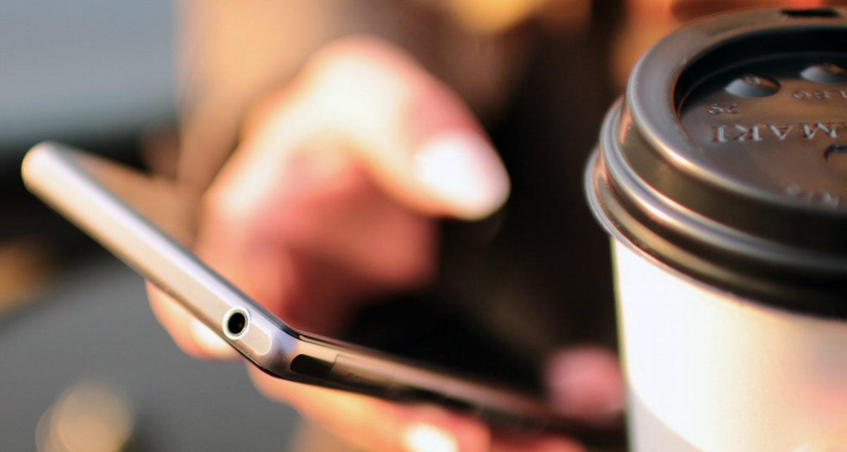 E-commerce, lo shopping online da mobile supera quello da desktop