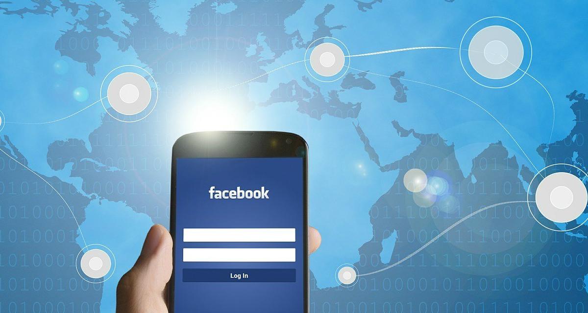 Facebook live location, come si usa e come attivare la funzione su iOS