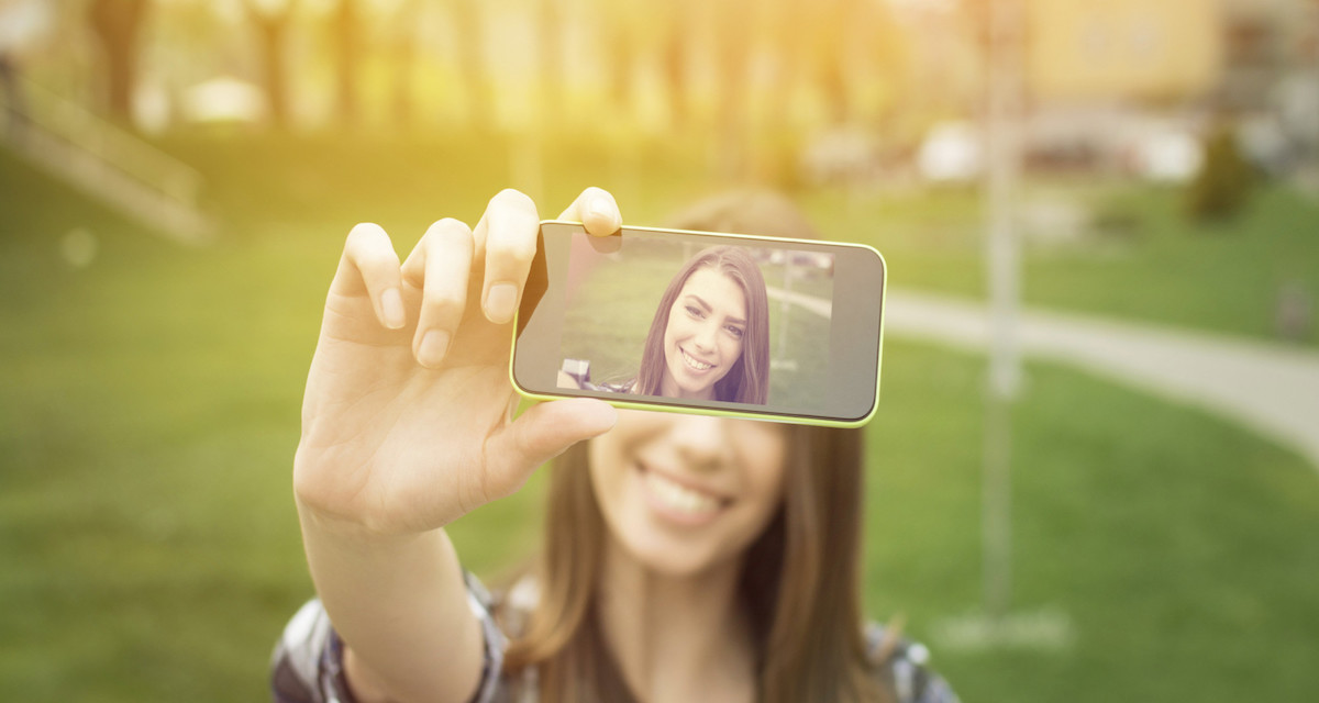 Instagram, l'app preferita dai narcisisti