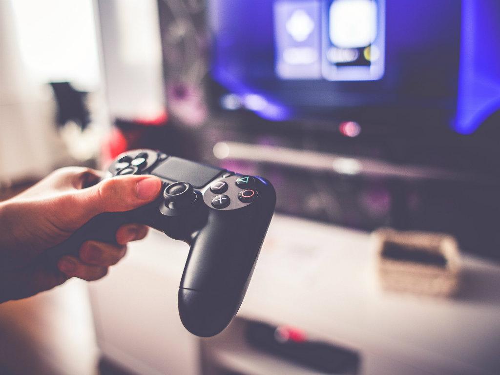 Pad PS4 alternativi: i nuovi controller su licenza