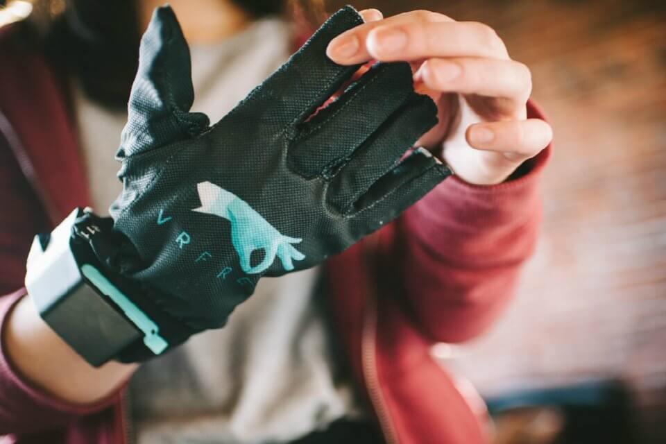 vrfree guanti realtà virtuale